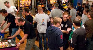 Het team toernooi zal dit jaar in tegenstelling tot andere jaren beginnen op de vrijdagavond! Dutch Pinball Open!