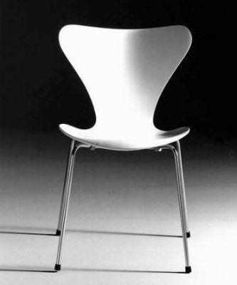 La chaise Serie 7 d'Arne Jacobsen