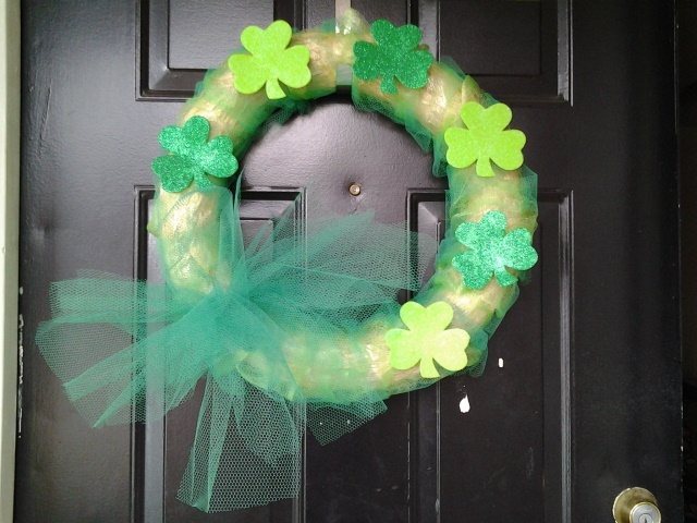 st patricks day wreath. straw wreath with tulle: Straw Wreath, Tulle Wreaths, Craft Ideas, St Patricks