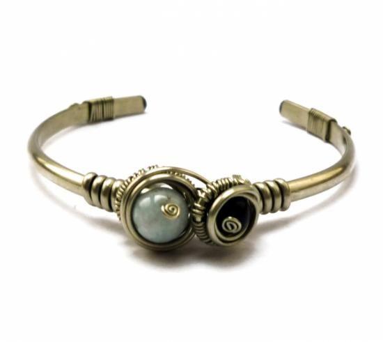 pulsera de plata alemana con aguamarina y ónix negro  metal,alpaca,piedras preciosas alambrismo,wire wrapped
