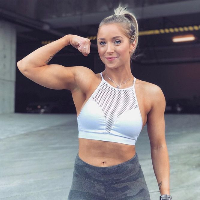 8 Effective Bicep Workouts For Sporty Women