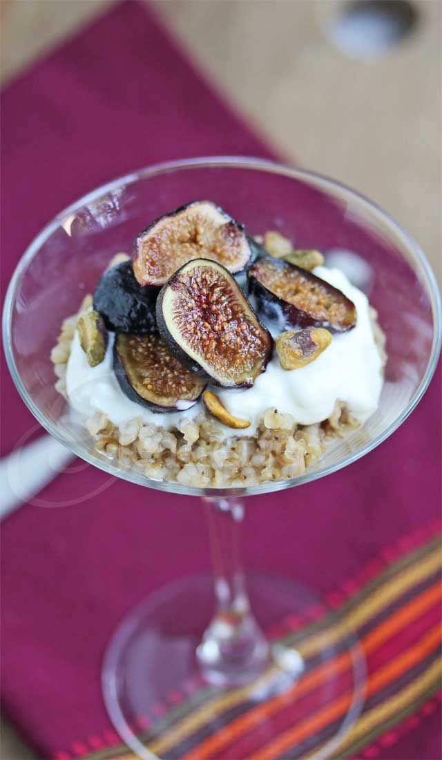 Roasted Fig Greek Yogurt Chai Spiced Sorghum Parfait | Jeanette's Healthy LivingBreakfast Healthy, Roasted Figs, Healthy Breakfasts, Figs Greek, Sorghum Parfait, Chai Spices, Spices Sorghum, Greek Yogurt, Perfect Recipe