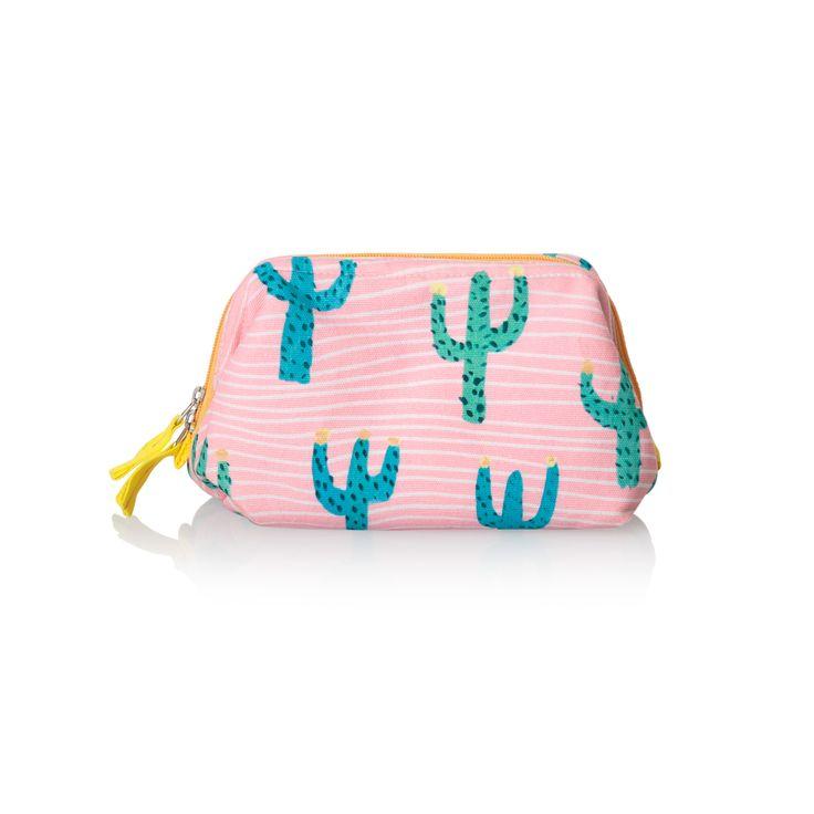 Buy the Cactus Make Up Bag at Oliver Bonas. Enjoy free worldwide standard delivery for orders over £50.