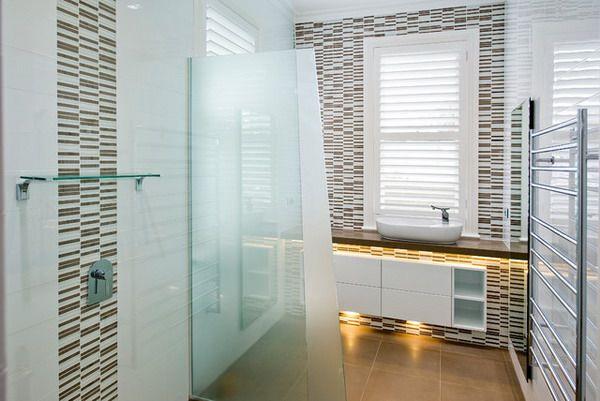 Bathroom Decorative Bathroom Signs Modern Bathroom Tiles Black Bathroom Tile 600x401 Decorating Ideas For…
