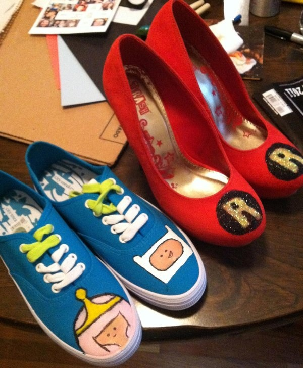 Oh My Glob!! Adventure Time shoes!!!