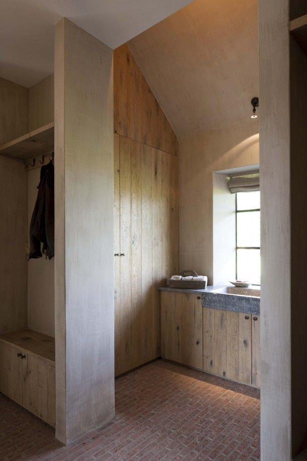 22 Ways To Boost And Refresh Your Bathroom By Adding Wood Accents: Dirk Coussaert, Natural Stone Sink. Oak Wood Cabinets, Original Wardrobe. Nice Natural Colors