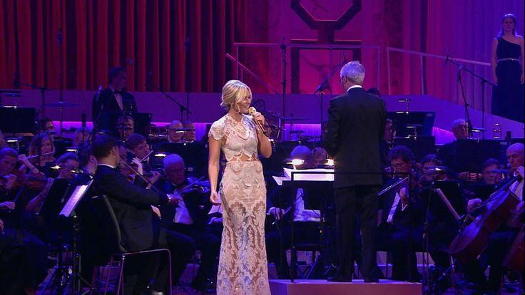 Helene Fischer | Stille Nacht (Live aus der Hofburg Wien)
