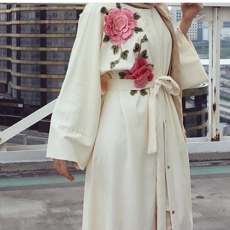 Cream abaya with