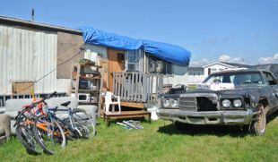 http://www.trurodaily.com/News/Local/2013-07-31/article-3335169/How-to-build-a-Trailer-Park-Boys-set-in-12-days/1
