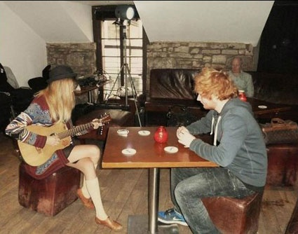 Taylor Swift and Ed Sheeran /Oh How Very Peachy. NOT. I hate taylor swift now .... Takin my man....