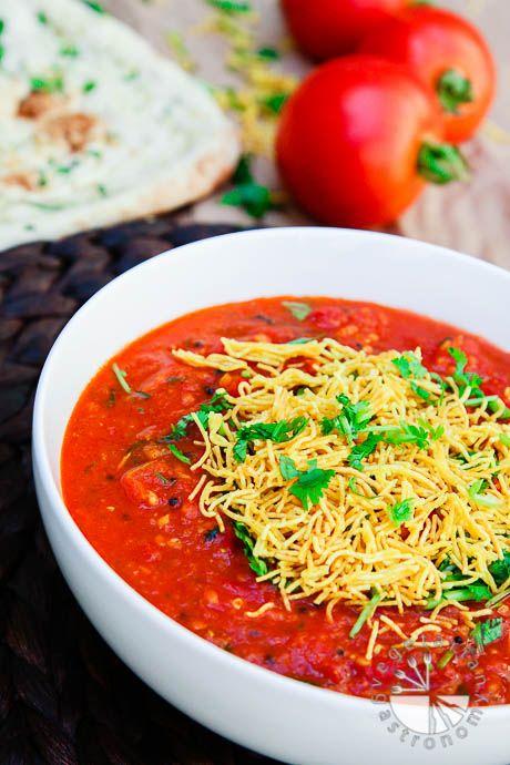 Indian Tomato Sev Curry recipe #vegan #glutenfree | www.vegetariangastronomy.com