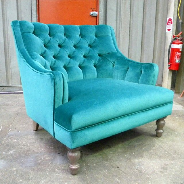 The stunning Arabella chair has caused some excitement here at Design Furniture!  The French inspired, deep buttoned arm chair was a carefully hand crafted and custom designed piece for SA interior designer, Zoë Elvish.  Finished in @designersguild luxurious velvet, Cassia Azure, it'll be sure to make a bold statement!  We love Arabella so much that it's now part of the DF range of new products!