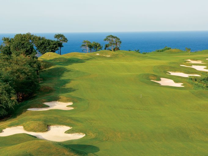 http://www.hudsondiscounttravel.com With ocean views from 16 of its 18 holes, historic stone walls and seaside drama, the White Witch is generally the highest ranked course on ...EXPEDIA - OTHER well-known comparison sites.Save Now on Your Perfect Winter Getaway Whether you're imagining a snowy ski lodge or a balmy island resort, we have your dream escape right here. Book low rates on hotels, flights, car rentals, cruises, and vacation packages. BOOK NOW http://www.hudsondiscounttravel.com