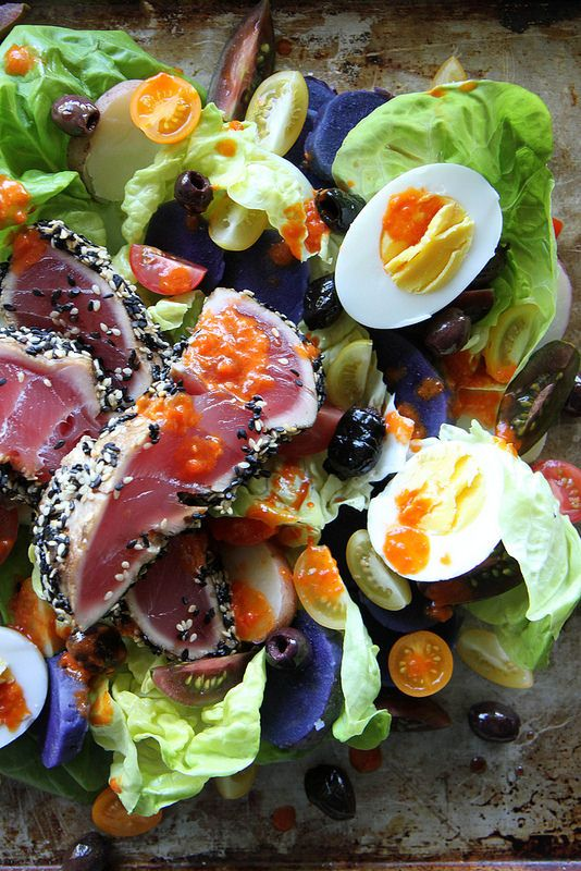 This is just about the most colorful Nicoise salad I've ever seen! Nicoise Salad with Red Pepper Vinaigrette