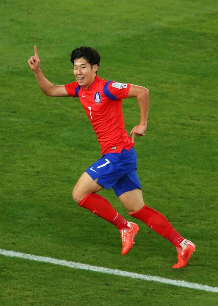 Son Heung-Min Photos - Son Heung Min of Korea Republic celebrates after scoring a goal during the 2015 Asian Cup final match between Korea Republic and the Australian Socceroos at ANZ Stadium on January 31, 2015 in Sydney, Australia. - Korea Republic v Australia - 2015 Asian Cup: Final