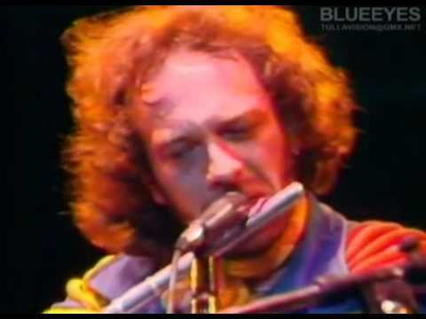 Jethro Tull-Thick as a Brick.  Full 13 minute verson, Ian as his Pan Piper best!!