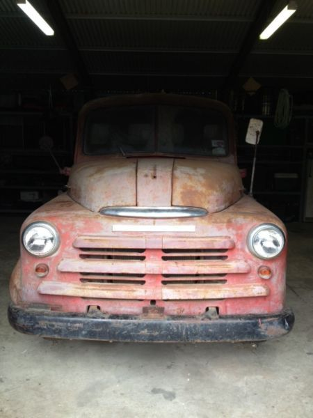 Dorothy, the 1959 Dodge Truck, available for wedding photos when hiring Treenridge, Pemberton, as a venue. Available from October 2014.