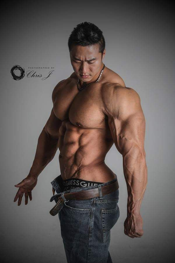 Asian naked bodybuilder men chunky chicks clip