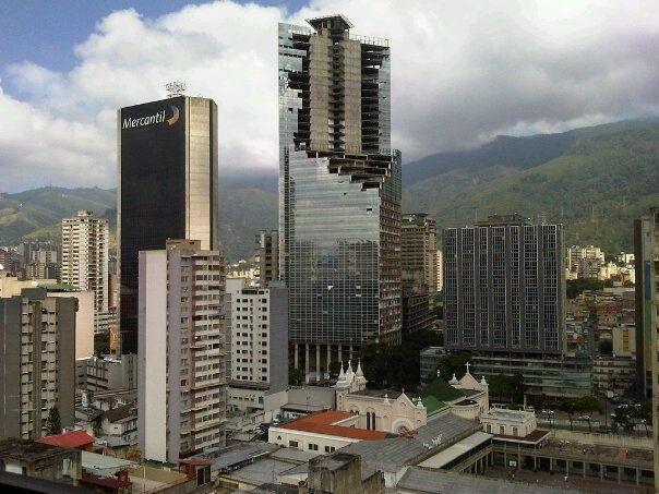 Torre david Caracas venezuela Simbolo de la revolucion socialista del siglo 21.