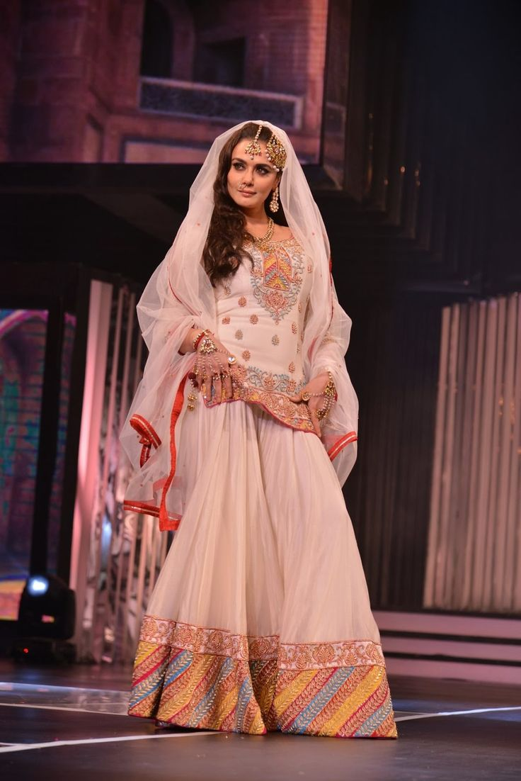 Preity Zita Walk on The Ramp For Yash Raj's  Birthday Anniversary