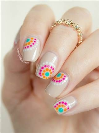 I sure will miss We Love Nails in Bogota..... Tonight's plan: DIY one of these 9 summer nail art looks