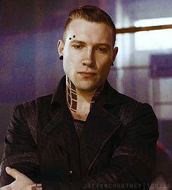 <3 Eric-Divergent/Insurgent