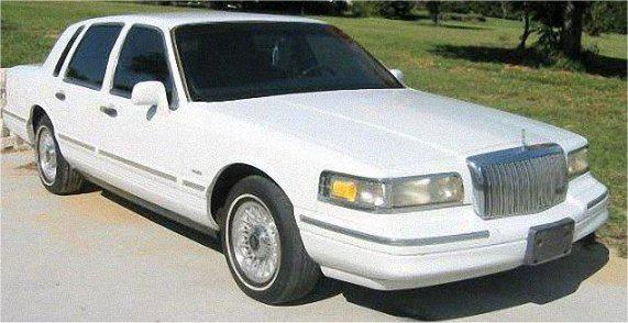1995 Lincoln Town Car - AutoShrine Registry