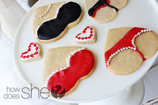 My husband LOVED these lingerie cookies I made for him last valentine's day!: Holiday, Sugar Cookies, Bachelorette Parties, Sweet, Food, Valentines Day, Bachelorette Party, Valentine S, Party Ideas