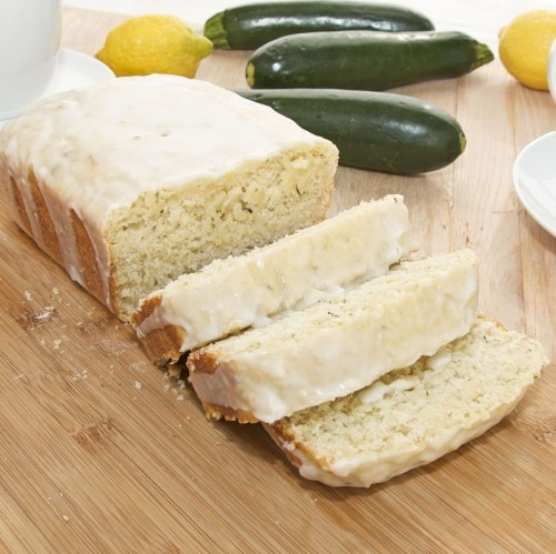Lemon-Zucchini Loaf {Sweet Pea's Kitchen} - Awesome way to use up some zucchini.  Family loved it!