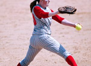 Softball Pitching Drills: Drive & Momentum | iSport.com