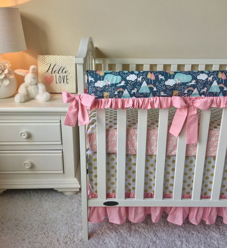Bumperless Crib Bedding - Candy Pink and Unicorn