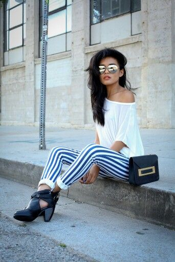 I could recreate this by wearing my black gingham Topshop leggings, my black booties and a white tee, maybe invest in one like this. You are your best outfit. Find out how. CLICK THE PHOTO :) More