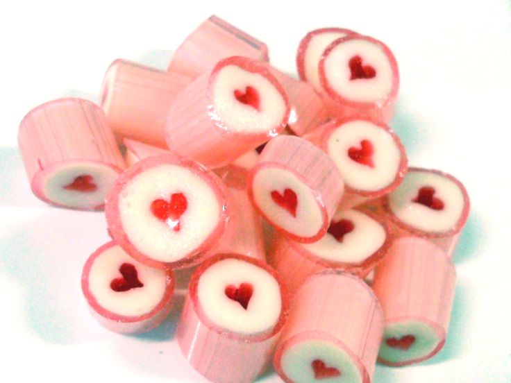Strawberry Hearts Candy (1kg bag)