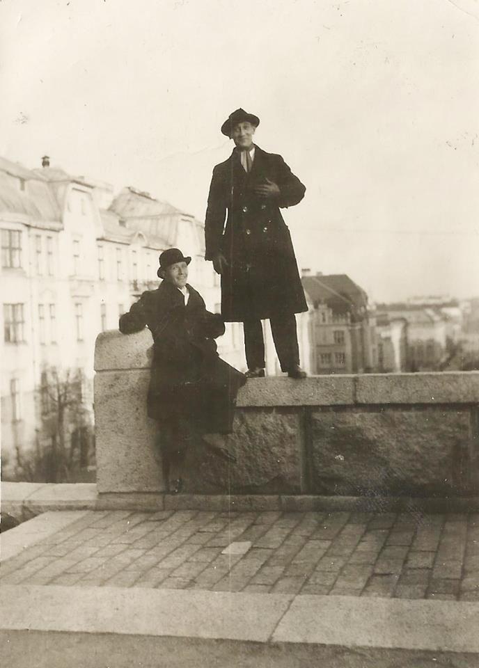 Gentlemens selfie, Postikorttien Turku