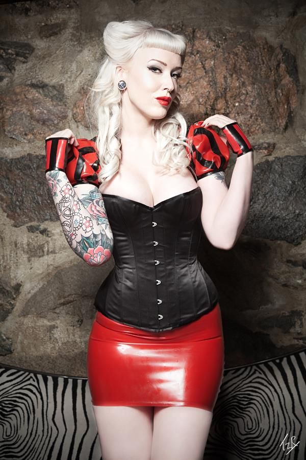 Hair by me Model : Eilin Bergum Photo by Martin Niklasson Latex by Maebelle Latex Corset: Viola Lagher at Vanpire lounge Stocholm