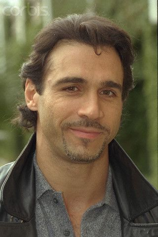 Adrian Paul... I do love a man with a smirk (also love when a guy winks!!!)