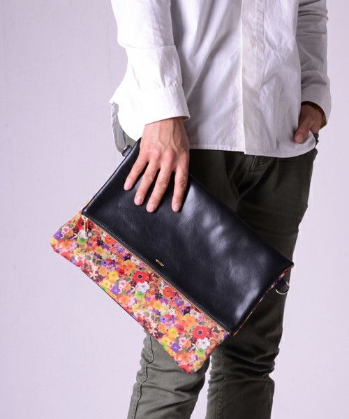 rehacer LIMITED(レアセルリミテッド)のFlower Clutch bag(クラッチバッグ) 詳細画像