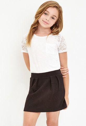 Girls Pleated Geo Matelassé Skirt (Kids)   Forever 21 girls - 2000179193