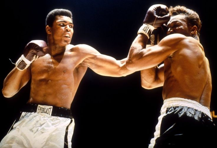 Muhammad Ali's Death: Family Fighting Over $80 Million Wealth? - http://www.morningnewsusa.com/muhammad-alis-death-family-feuding-for-his-boxing-fortune-know-his-ex-wifes-shocking-claims-2381505.html