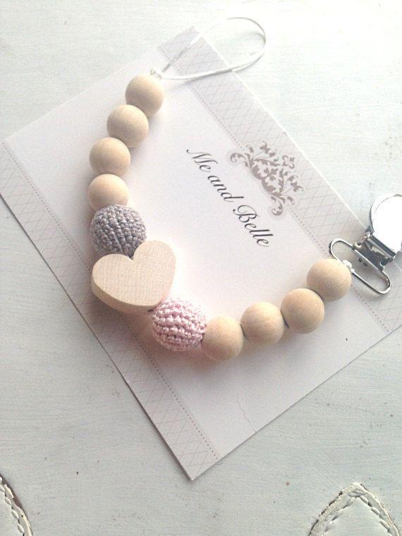 Attache-tétine attache-suce binky clip accessoires par MeAndBelle00