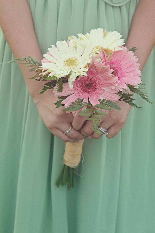 Best 25 Mint Green Flowers Ideas On Pinterest Spring Wedding Diy Flower Bouquets For Weddings And Inspiration