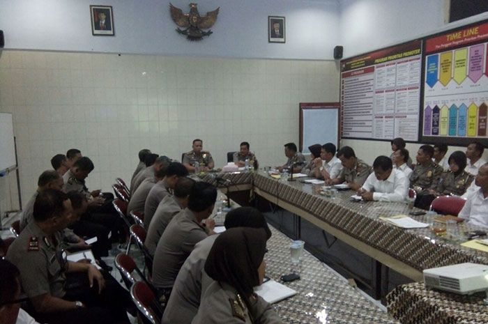 Tribratanewsmagelangkota.com – Kepala Kepolisian Resor Magelang Kota Ajun…