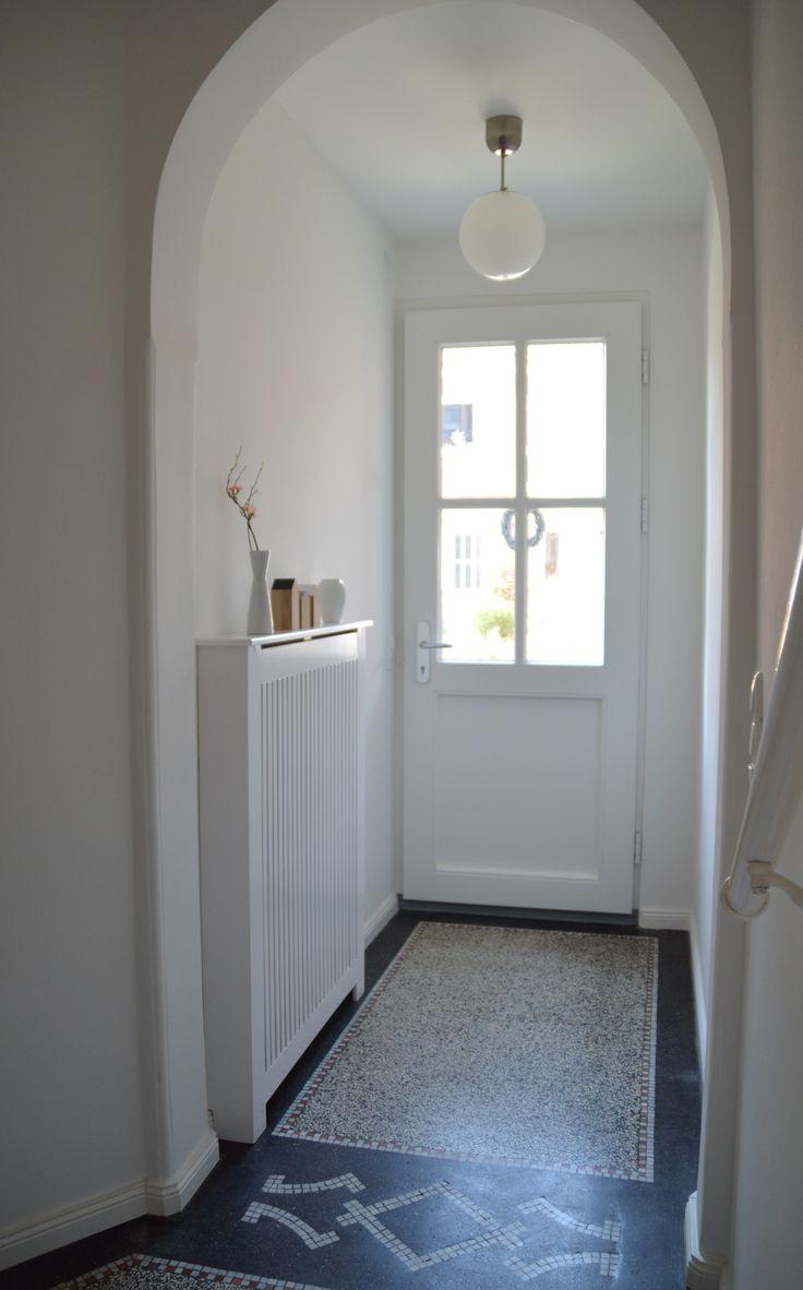 best 25 stair landing ideas on pinterest landing decor landing and stair decor. Black Bedroom Furniture Sets. Home Design Ideas