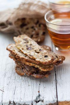 Dried fruit cookies - Biscotti di frutta secca by Juls1981, via Flickr