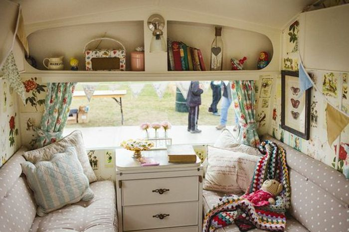 1203 best camper van images on pinterest campers caravan and vans. Black Bedroom Furniture Sets. Home Design Ideas