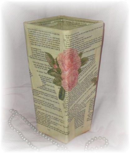 decoupage vase  www.lisascreativedesigns.com/lisascottageblog/wp-content/uploads/2012/06/vintage-book-page-vase.jpg