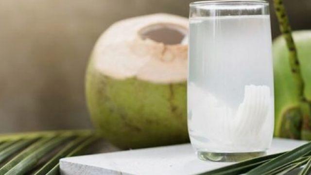 Regularne spożywanie tego napoju przez 2 tygodnie całkowicie zmienia ciało. Przekonaj się sam!