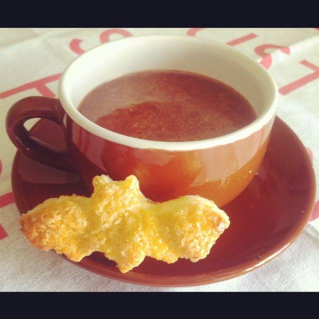 #CioccolatoCaldo fatto in casa con #zenzero, #cannella e noce moscata - #HotChocolare for Halloween