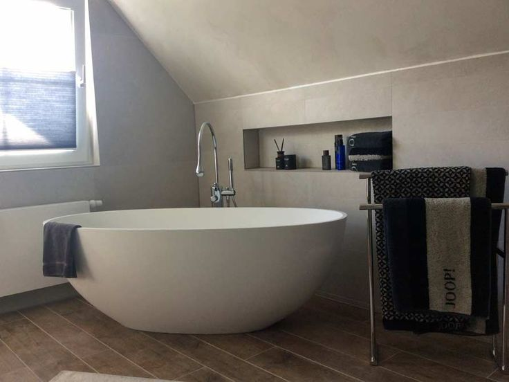 Freistehende Badewanne Piemont Medio aus Mineralguss – Weiss matt oder glänzend
