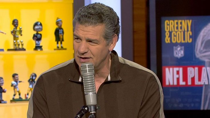Mike Golic believes Bill Belichick's response when asked about Antonio Brown's locker room video was played up and he knows more about social media than he lends on.